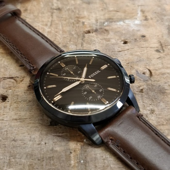 9d4b37147 Fossil Men's FS5437 Townsman 44mm Chronograph Brown Leather Watch (Brown)