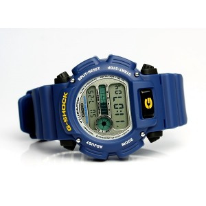 (OFFICIAL MALAYSIA WARRANTY) Casio G-SHOCK DW-9052-2 Blue Resin LCD Standard Digital Watch (Blue)