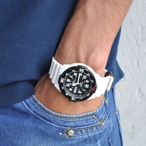 Casio Men's MRW-200HC-7B 100m Analog Resin Black & White 100% Original Watch (Free Shipping)